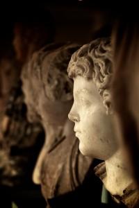 Bustes romains en marbre